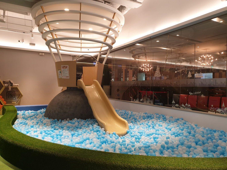 格林屋-球池溜滑梯