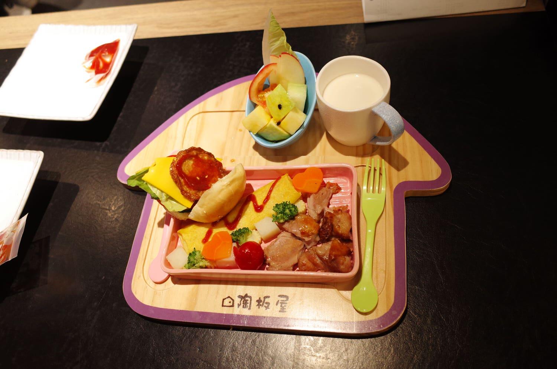 陶板屋的兒童餐